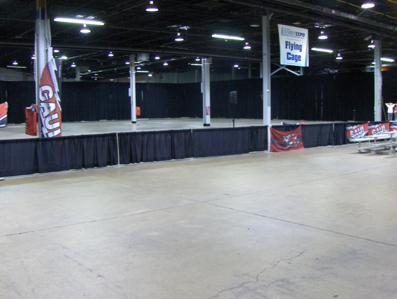Flying Cage at iHobby Expo