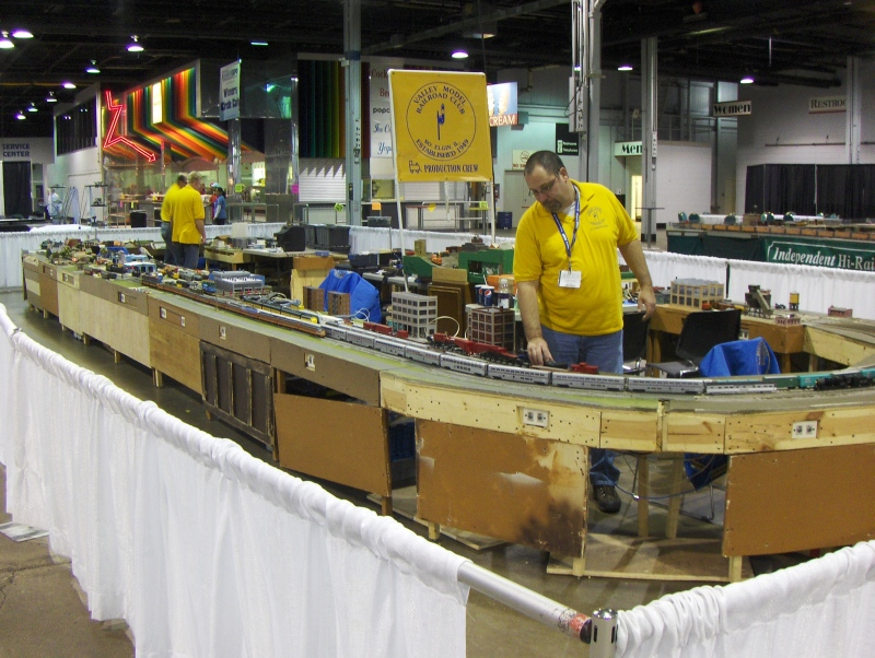 Train Layout 2 at iHobby Expo