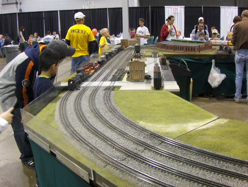 Train Layout 6 at iHobby Expo