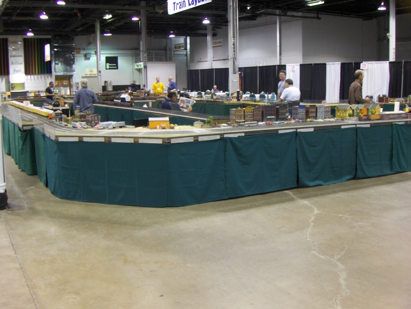 Train Layout at iHobby Expo